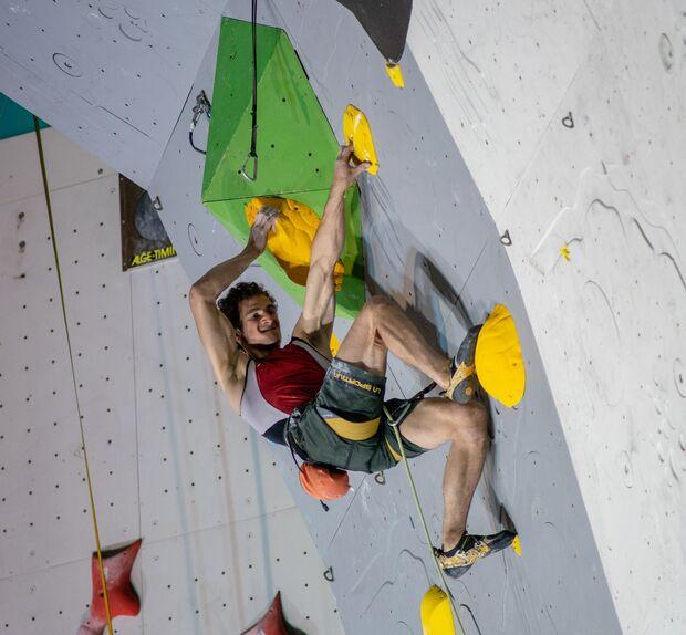 kl-boulder-weltcup-climbing-2018-adam-ondra-43040752434_548a46848e_o (jpg)