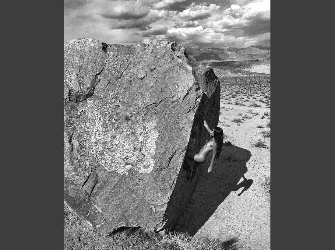 kl-bouldern-stone-nudes-2016-c-dean-fidelman-008-August (jpg)