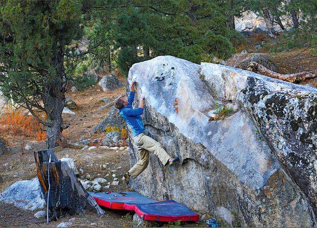 kl-draussen-bouldern-tipps-himalaya-ram-nam-satya-hai-c-steffen-kern (jpg)
