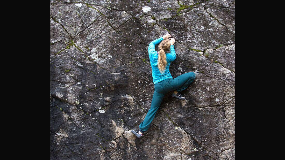 kl-hueftbeweglichkeit-bouldern-klettern-uebung-mina-c-jacob-slot-aufhocken