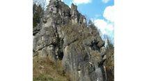 kl-klettern-im-frankenjura1219 (jpg)