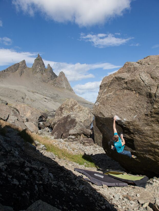 kl-klettern-island-bouldern-33 (jpg)