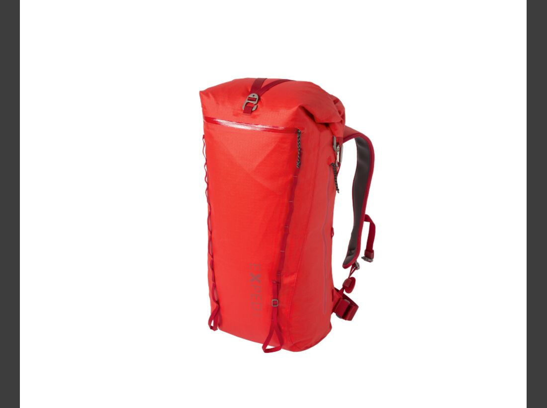kl-praxistests-2017-kletter-rucksack-wasserfest-exped-serac-35-red_side-closure (jpg)