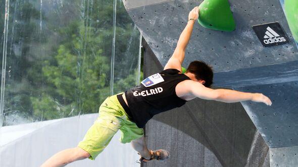kl-richtig-fallen-bouldern-2017-boulder-wettkampf-sturz-neu