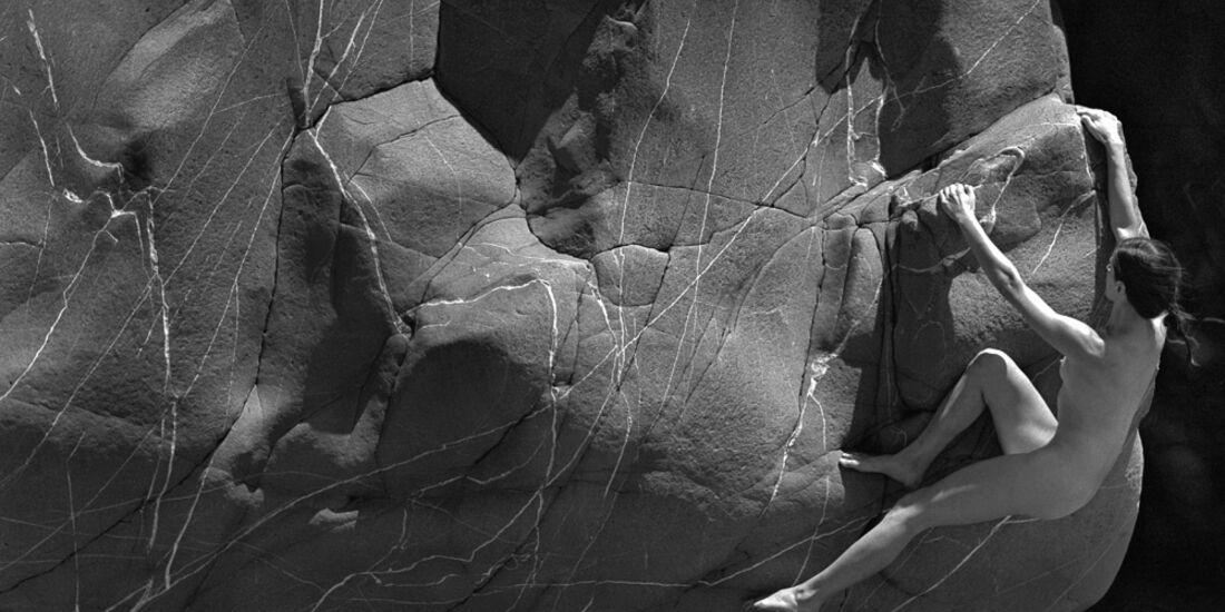 kl-stone-nudes-2018-005-april (jpg)