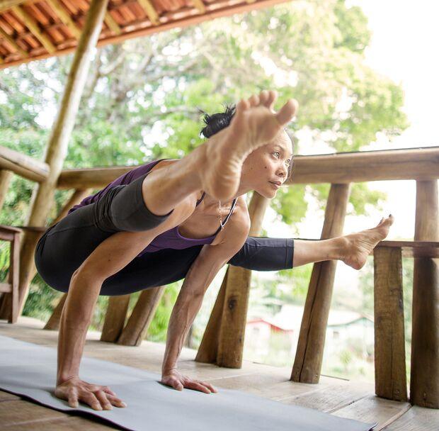 kl-yoga-klettern-olivia-hsu-tittibasana-brasil2127 (jpg)